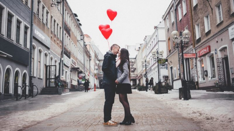 The Pros and Cons of Being A Couple On Valentine's Day